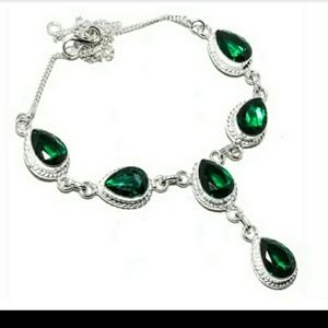 Gorgeous green stone necklace